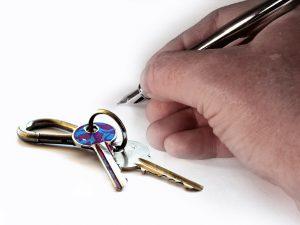 מפתחות ועט